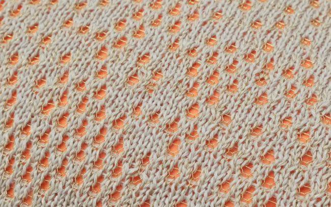 STRIKKS gebreid kant knitted lace gold